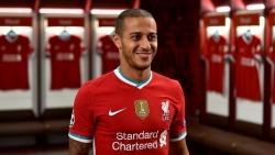 Liverpool chính thức ra mắt tân binh Thiago Alcantara